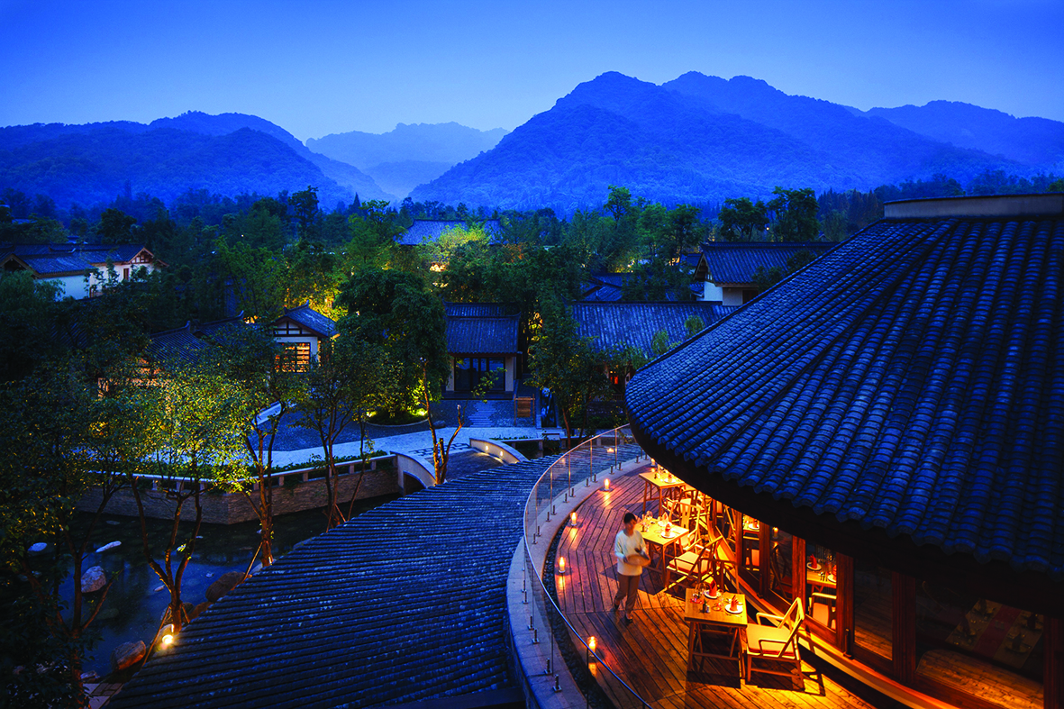 cmyk Six Senses_Qing Cheng Mountain_Sala Thai View Nighttime