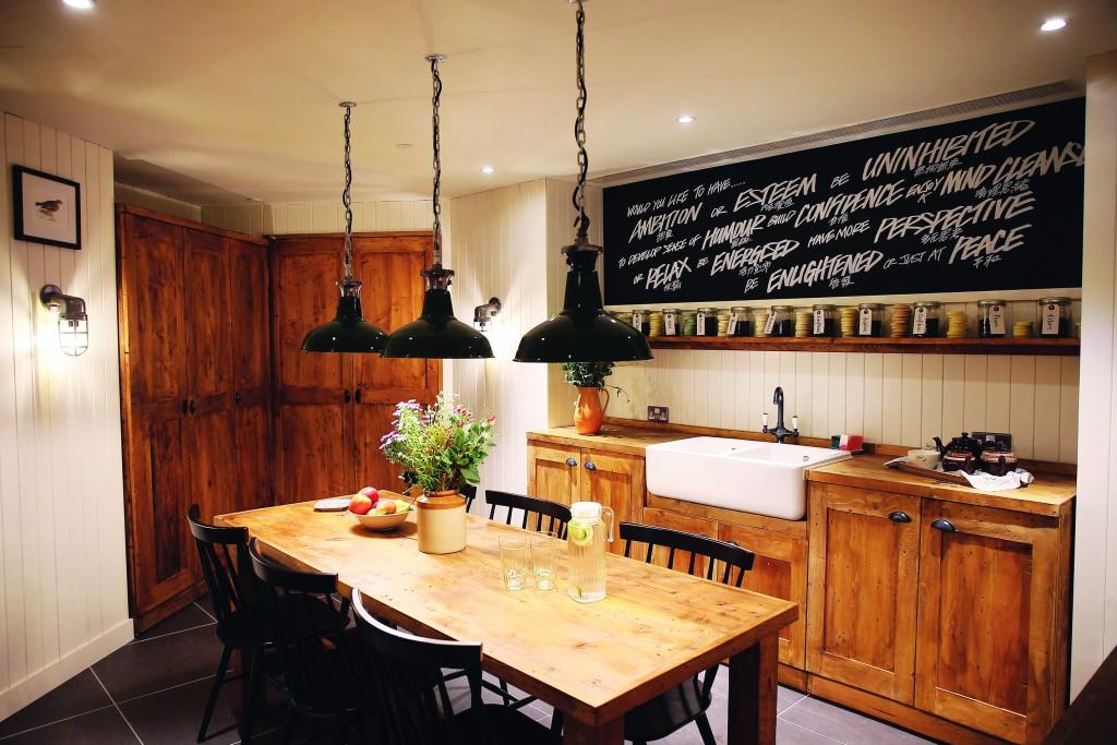 cmyk Lush Spa_English Kitchen