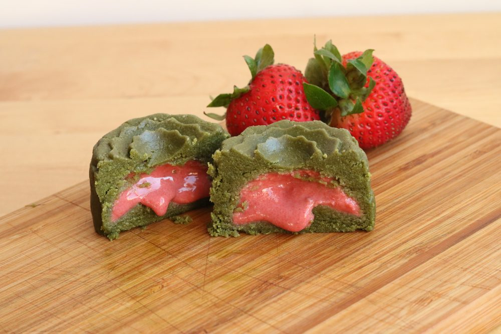 Mooncake 2016 matcha strawberry