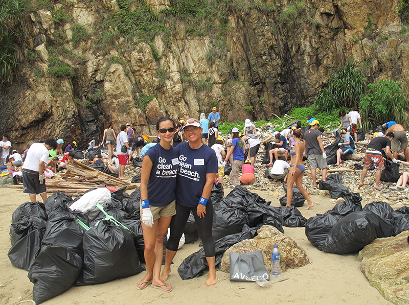 HKC_Cofounders_Lisa_and_Nissa_at_a_cleanup_on_HK_Island copy