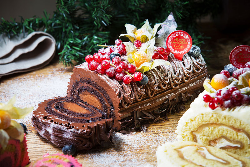 flourless-choc-log-cake-copy