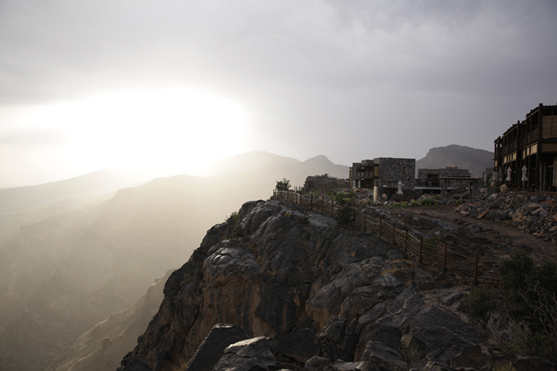 Alila Jabal Akhdar - Exterior - Cliff Edge 02 copy