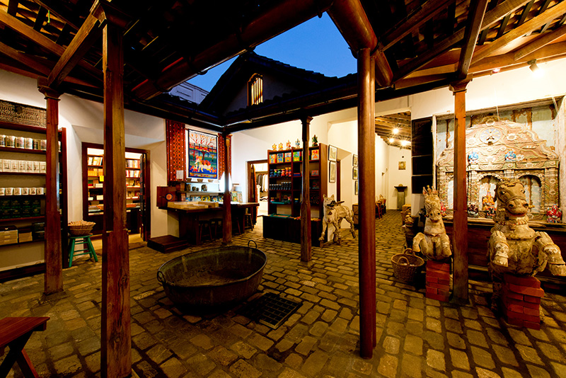 The courtyard of the BAREFOOT store in the Galle Fort. Sri Lanka.