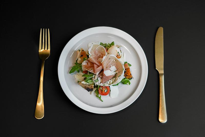 Roasted Stone Fruit Parma Ham Salad HKD$78 copy
