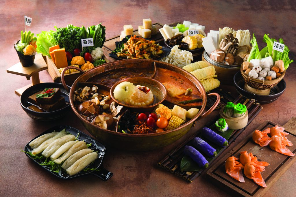 Drunken Pot subdivided hotpot in Hong Kong, perfect for vegetarian, healthy hotpot.