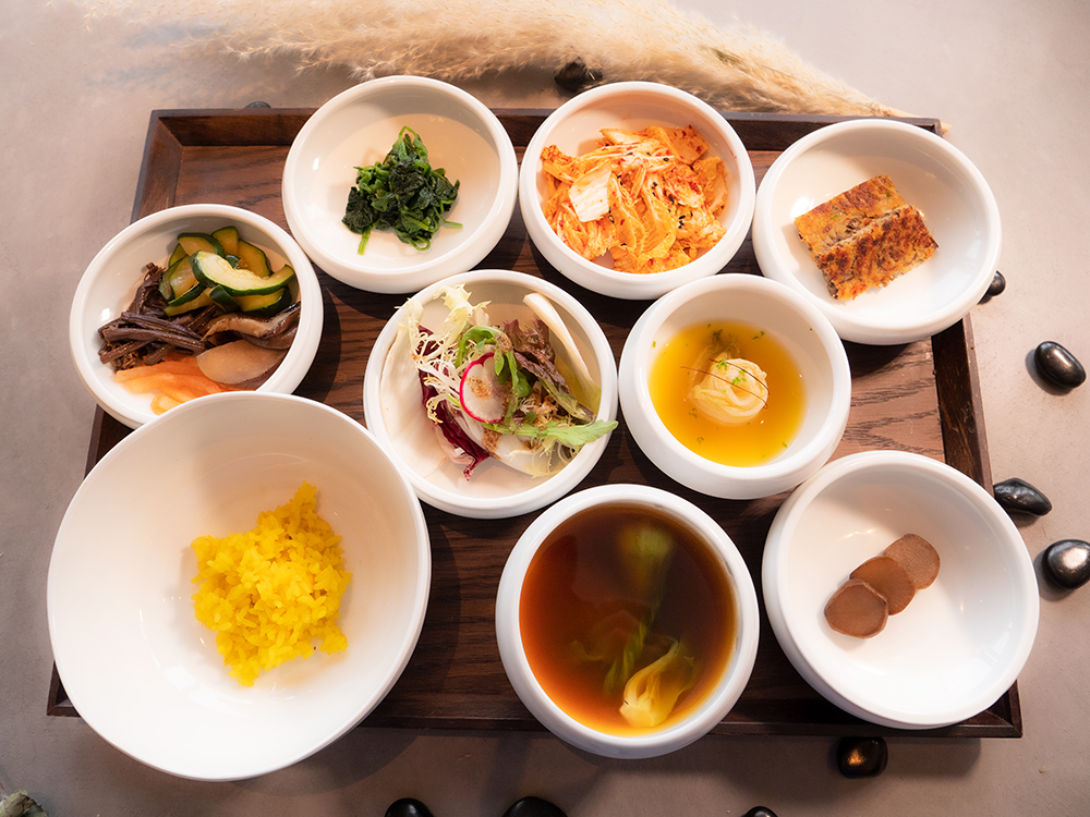 A Korean temple food tasting set