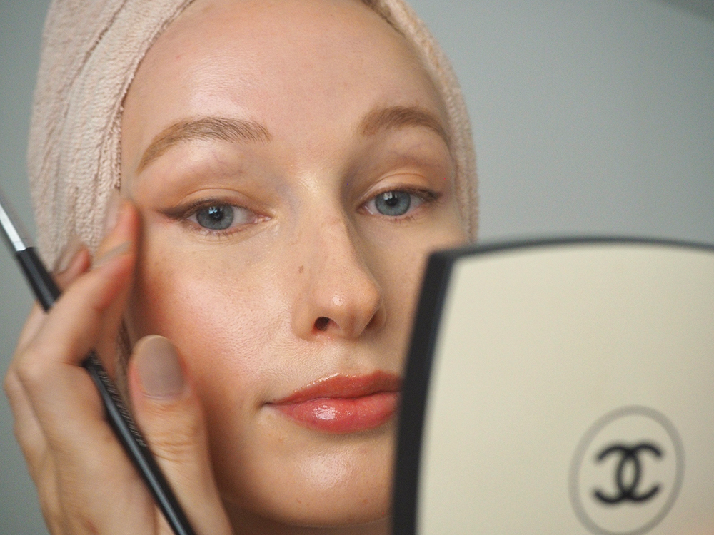 Pro Tips On How To Prime Your Face Before Makeup | Liv