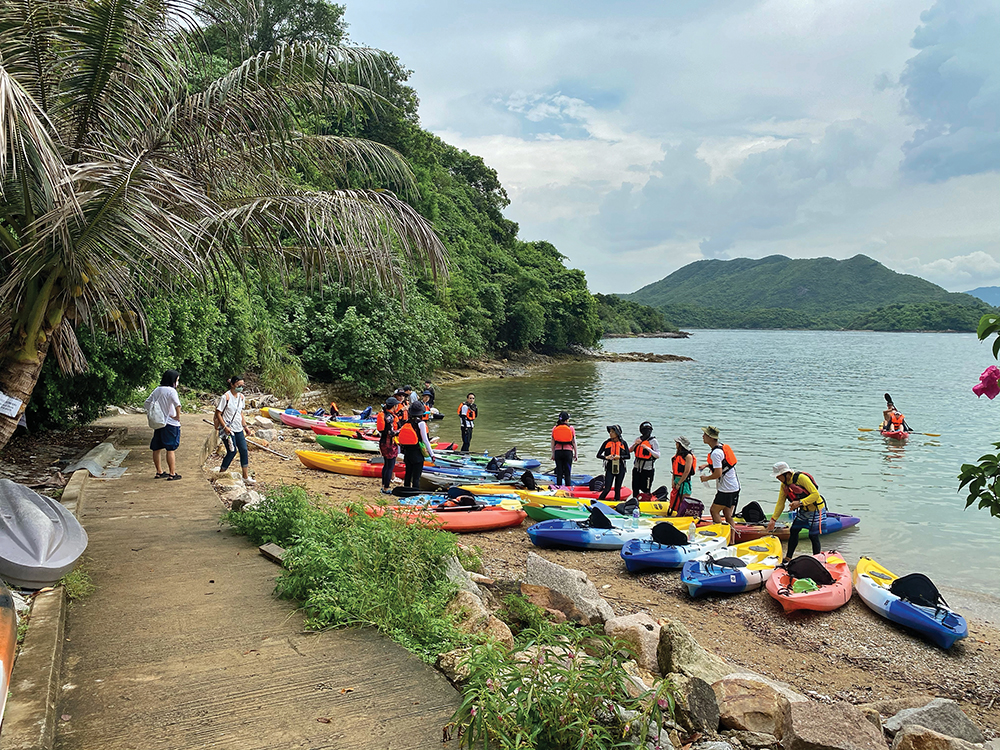 Kayaks on the beach at Yim Tin Tsai